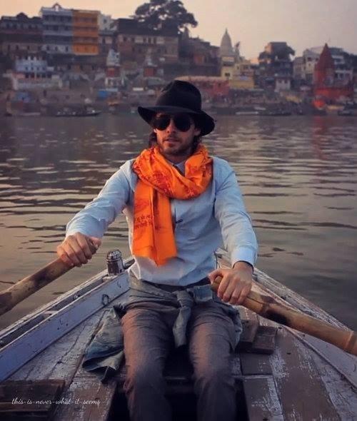 jared-leto-celebrity-singer-musician-boat